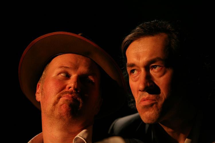 Theaterfoto mit Horst Heiss: Iaxnbruat (eine Stückentwicklung)